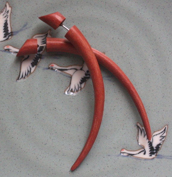 JHARNA - Hand Carved Organic Fake Gauges - Medium Talon Earrings - Natural Saba Wood