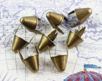 200Pcs 12.5mm Antique Brass CONE Studs Metal Studs (BLC12)