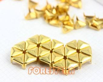 200Pcs 8mm Gold Triangle Studs Metal Studs (JT08)