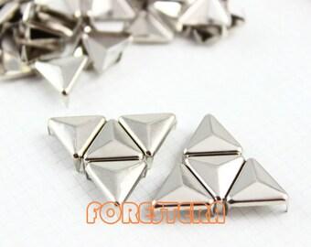 100Pcs 12mm Silver Triangle Studs Metal Studs (ST12)