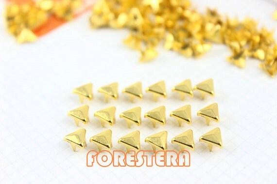 50Pcs 5mm Gold Triangle Studs Small Metal Studs (JT05)