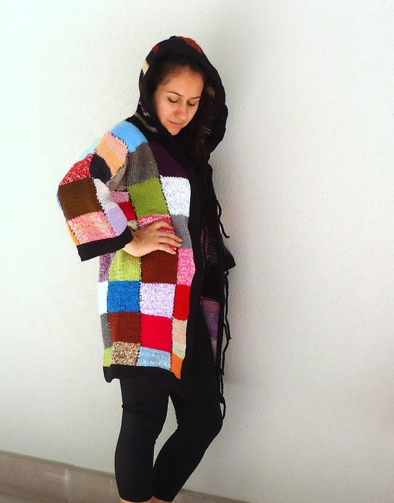 Free SHIPPING Rainbow Patchwork cardigan sweater coat hoodie costumes evaluation yarns jacket.