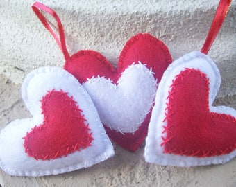 SWEET FELT HEARTS/ felt ornaments/ set of 3 hearts/ home decor/ sweet gift