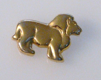 Lion brooch by Napier