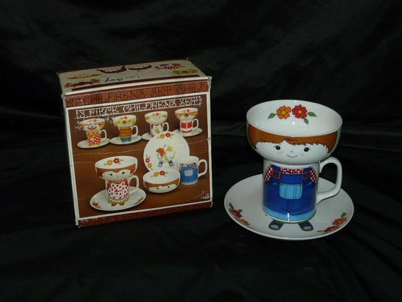 Vintage Stacking Childrens Dish Set BOY Face Bowl Overall Mug Feet Plate 3 Piece Breakfast Child in Box Japan
