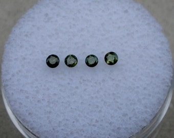 4 Loose Round Natural Green Diamonds 2.0mm each