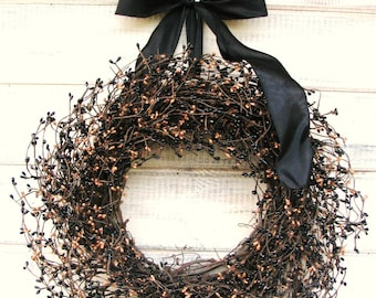 Rustic Wreath-Fall Wreath-Rustic Decor-PRIMITIVE COUNTRY Home Decor-Black & Tan Berry Wreath-Primitive Decor-Scented Wreath-Fall Door Wreath