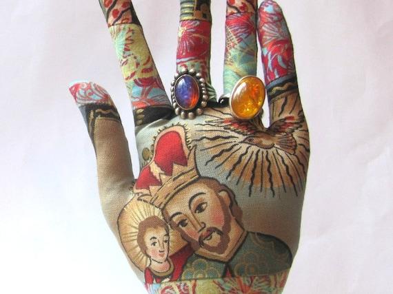OOAK Navidad Nativity Wise Kings Fabric Hand TALL WristStyle Jewelry Display HAND-Stand