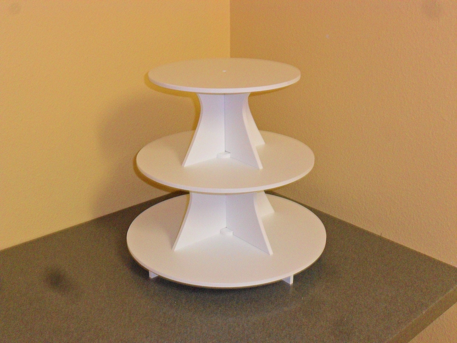 Red Plastic Cake Stand