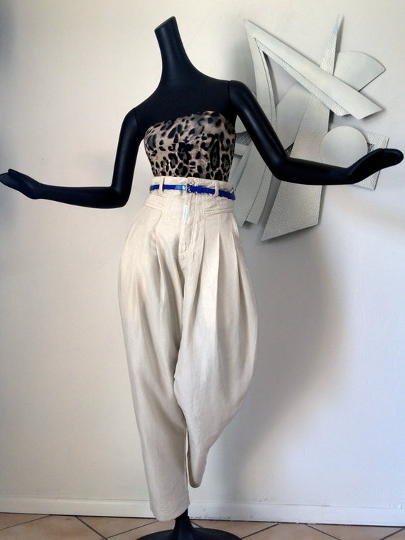 Z. CAVARICCI Pants Vintage 80s Party 1980s High Waisted Waist Harem Pants Pleated Size 27 Cream Crinkle Jeans Hammer Pants