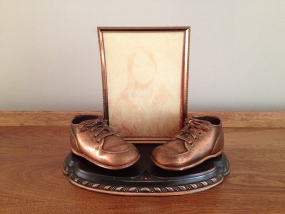 Bronze Baby Shoes With Picture Frame