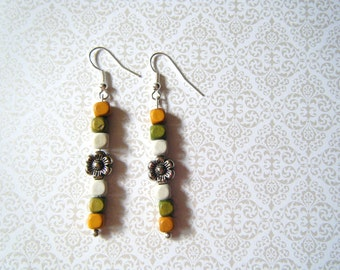 Daisy and Vintage Beads Earrings
