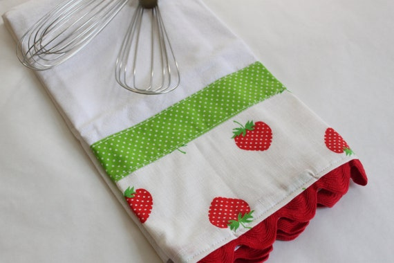 Strawberry tea towel (flour sack, hand, kitchen towel), red and lime green, kitchen decoration, fruit theme