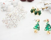 destash vintage retro Christmas earrings mixed lot 14 pairs  to wear or for crafts and assemblage lot 636