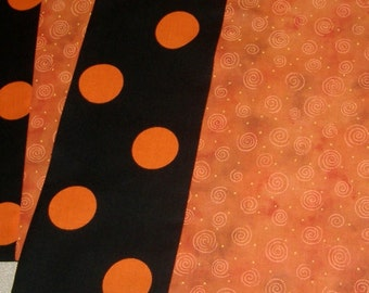 Place Mat Pair Home Decor Black Orange Dots Halloween decor