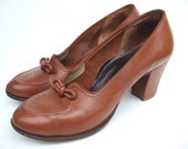 UK 4 Vintage 1950s shoes / tan brown court shoes pumps with cuban heels & bow EU 37 US 5.5