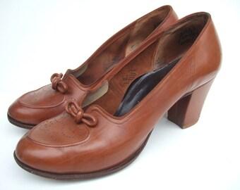 UK 4 Vintage 1950s shoes / tan brown court shoes pumps with cuban heels & bow EU 37 US 5.5