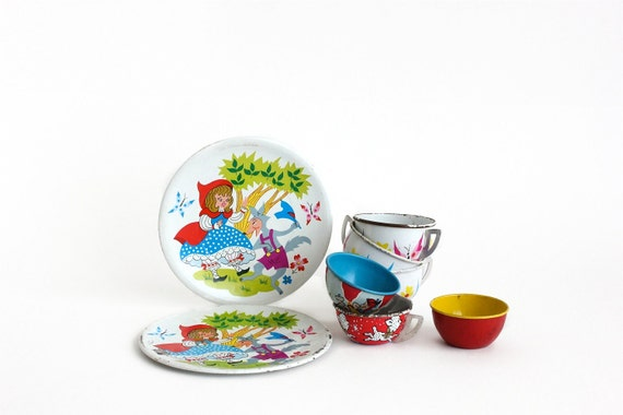 Tin Toy Plates Teacups Instant Collection