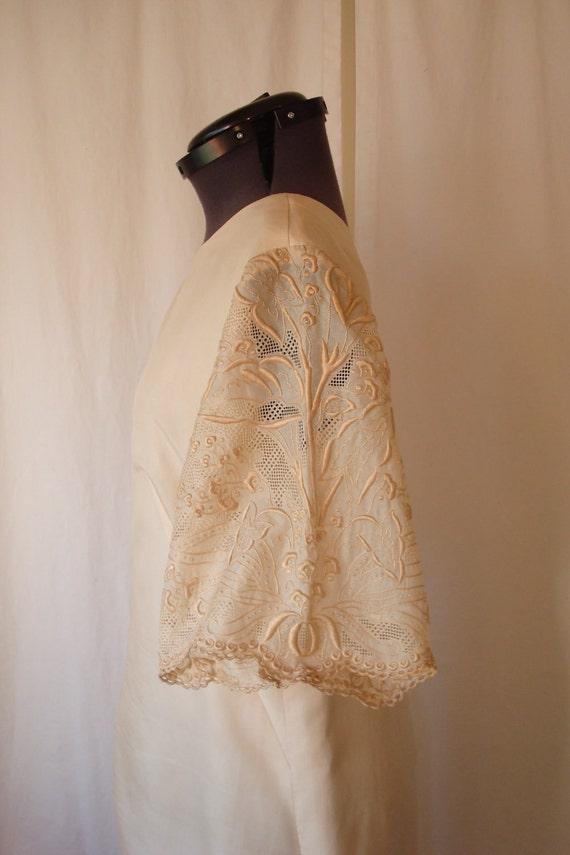 Vintage Wedding Dress // Cream Wedding Dress // Alternative Wedding Dress