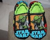 Children's Slippers/ Star Wars/Yoda