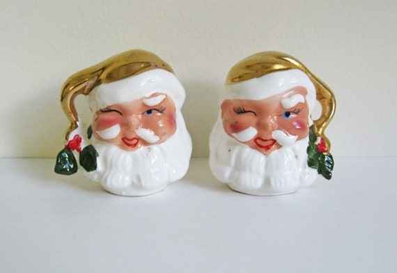 1950's Winking Gold Santa Salt and Pepper Shakers - Vintage Retro Mid Century Antique Christmas Santa Salt Pepper Decor Decoration