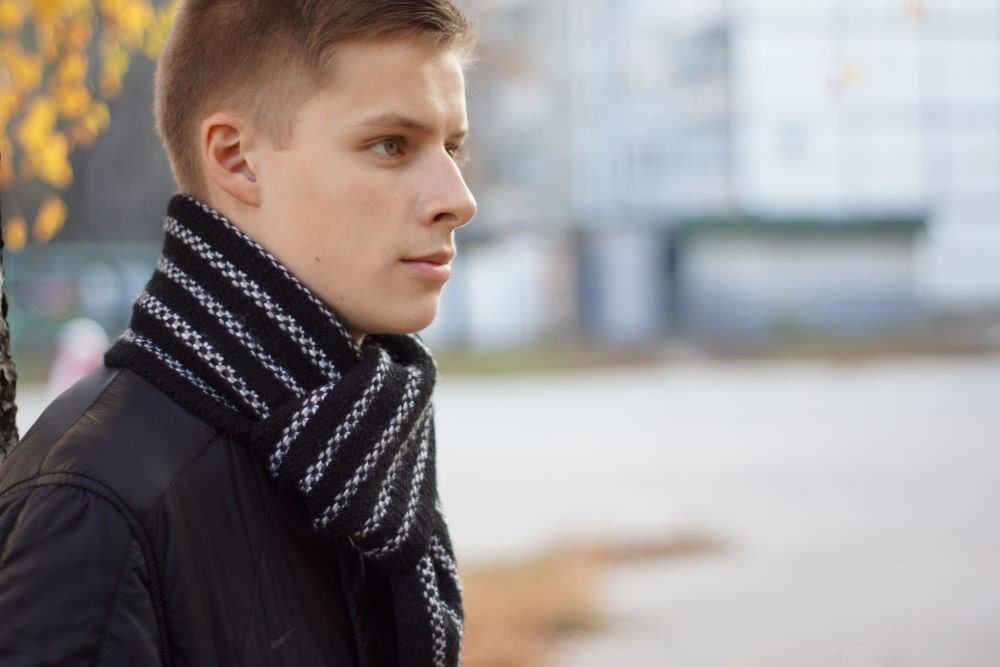 Hand knit Mens black Scarf white for him by SockClub on Etsy Hand Knitted Men's Scarves