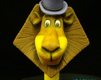 Alex the Lion Cake Topper From Madagascar