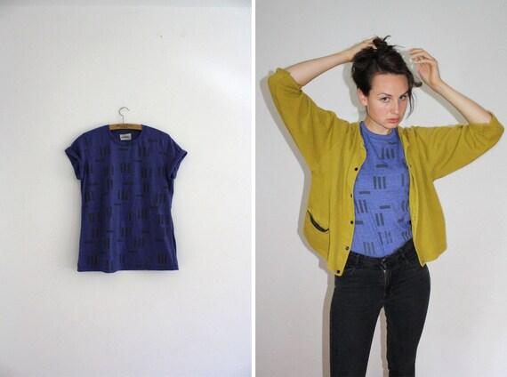 Shirt // blue / grey // random stripes