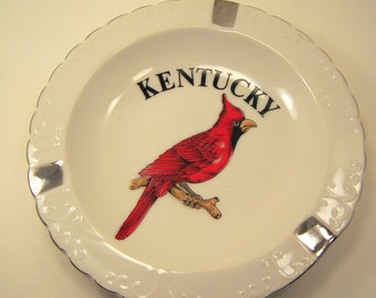 Red Cardinal Bird Vintage Souvenir Ceramic White Ashtray Kentucky 1960s