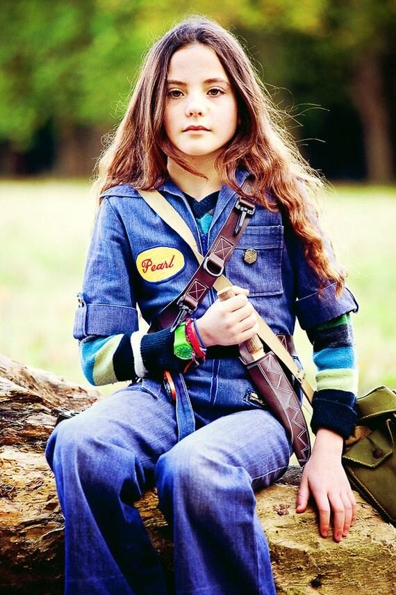 Explorers bushcraft costume set... wooden knife, sheath, utility belt