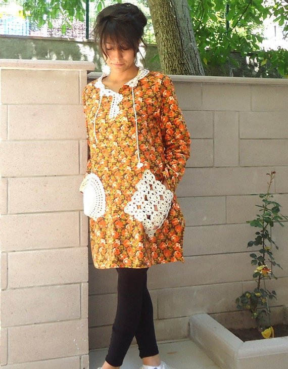 Long Sleeve Orangeish Flower Cotton Blouse / Tunic With Lace Detail / Rround neck