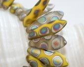 4x15mm . Czech Pressed Glass Daggers. lemon yellow and frosty gray . 15 beads