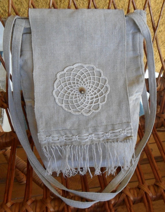 Original handmade purse - made of linen with original decoration of crochet