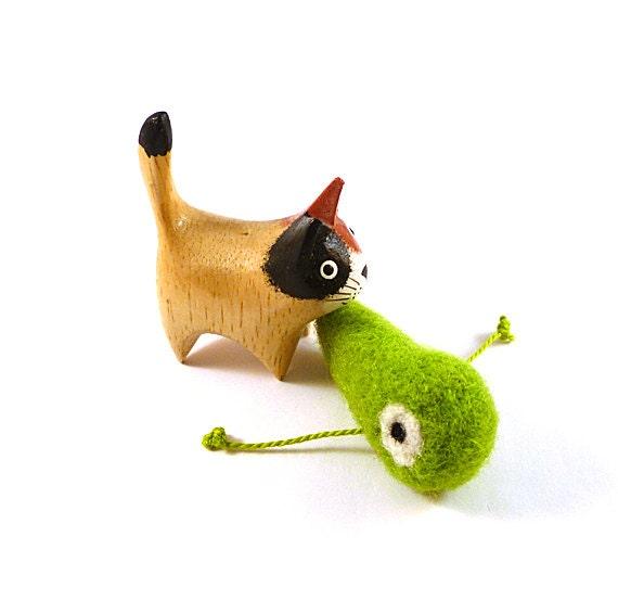 Green Tadpole Wool Catnip Cat Toy