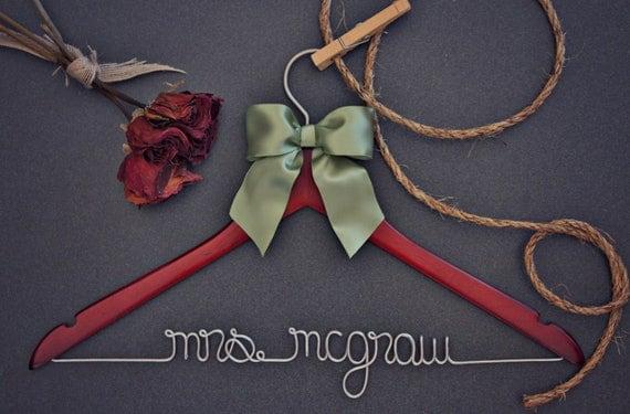 Personalized Bridal Hanger. Wedding Photo Prop. Bridesmaid Gift Sets. Wedding Hanger.