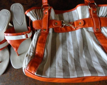 Canvas handbag with matching sandals, taupe white orange