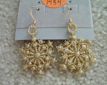 Gold Metallic Snowflake Lace Charm Gold Hypo-Allergenic Hook Earrings