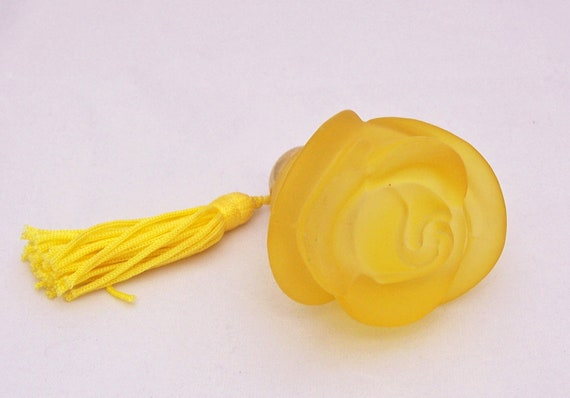 Vintage Satin Yellow Glass Perfume Bottle, Rose Shaped Perfume Bottle with Tassel