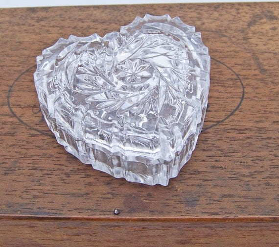 Reserved for Ann Romanova Vintage Press Glass Trinket Box Heart Shaped with Fitted Lid, Uk Seller