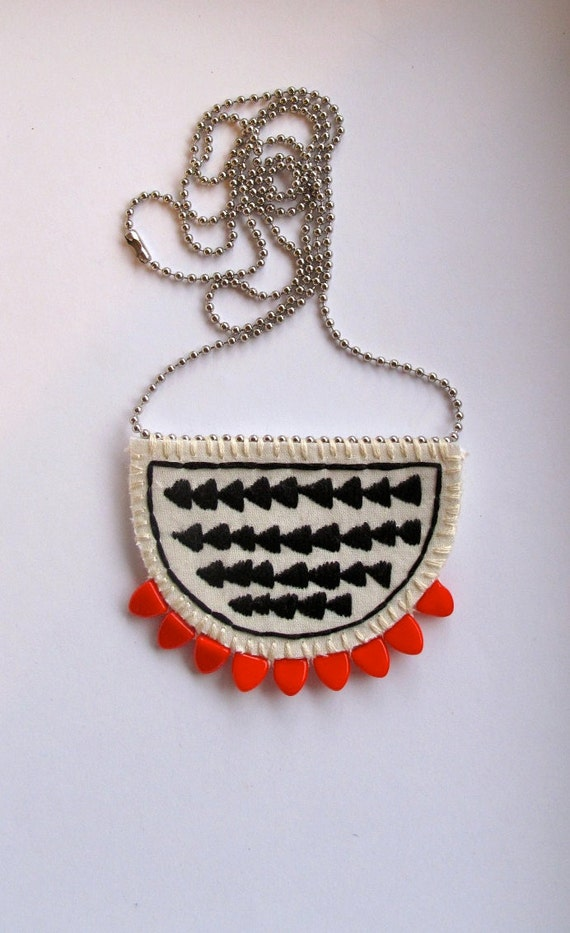 Arrow crescent long necklace embroidered pendant with red triangle beads tribal geometric summer fashion