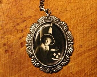 Clara Bow Halloween Necklace