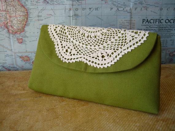 Old lace--green make up bag