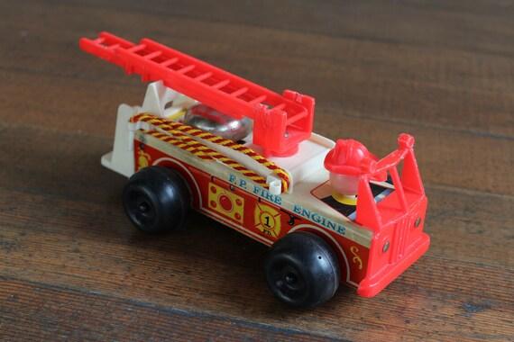 Vintage Children's Toy - Fisher Price 720 F. P. Fire Engine (1968)