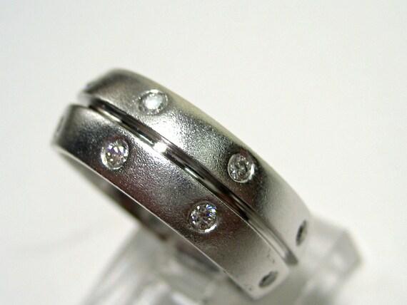 Estate 0.30ct ETERNITY  Round Diamond wedding band In Burnish Set, ring in 14k White gold