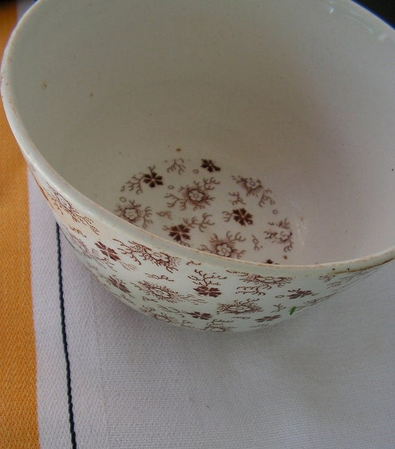 1800s English Brown and White Transferware Serving Bowl Early Piece
