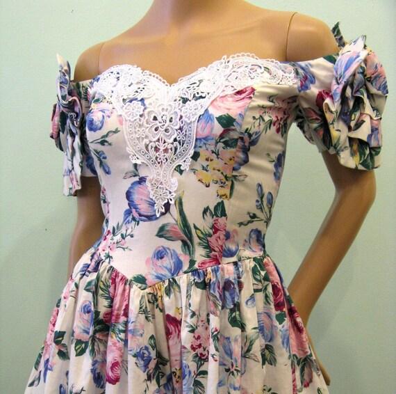Vintage 1980s Dress // Cotton Floral Party Dress // McCLINTOCK // S
