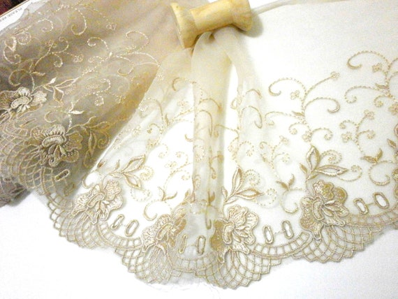 """Nylon Lace Trim 1 Yard total,  Width about 18cm ( about 7"""" )  No. B8 Color Nude LAST ONE"""