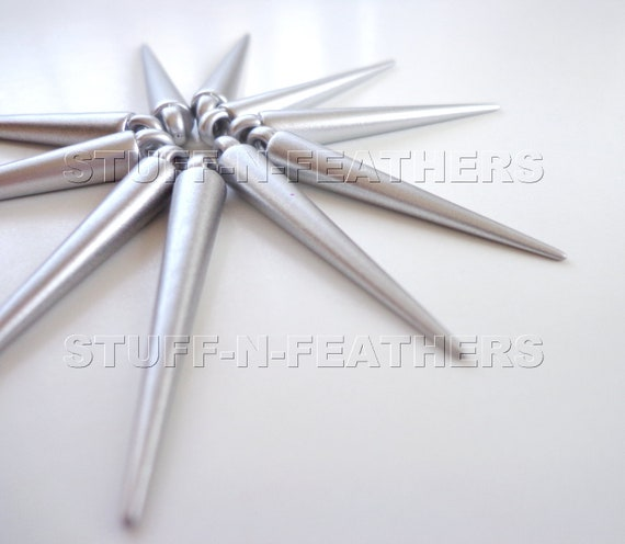 CLEARANCE - Spike beads - MATTE SILVER finish medium length spikes, 35 mm, 24 pieces / S5-24