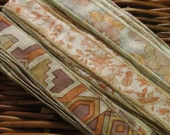 20 yards Silk Sari Ribbon, Silk Trim, H22