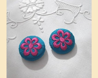 embroidered buttons handmade in teal green silk with pink thread, floral buttons, size 29mm